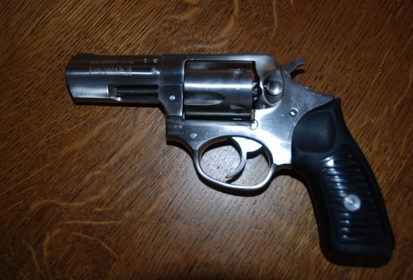 Revolver a vendre 1